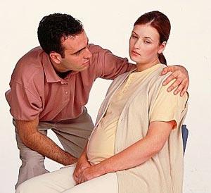 صور هل غازات البطن من علامات الحمل