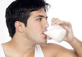 صورة فوائد الحليب للرجال