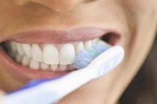 صورة غسل الاسنان في المنام