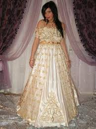 صورة ملابس اعراس جزائرية للبنات