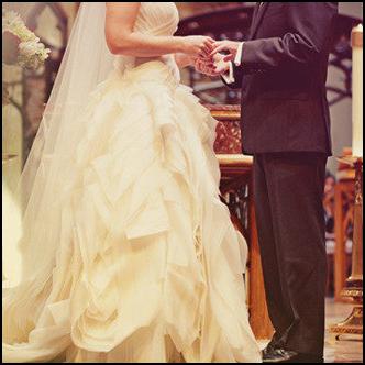 صورة تفسير الاحلام الزواج من شخص