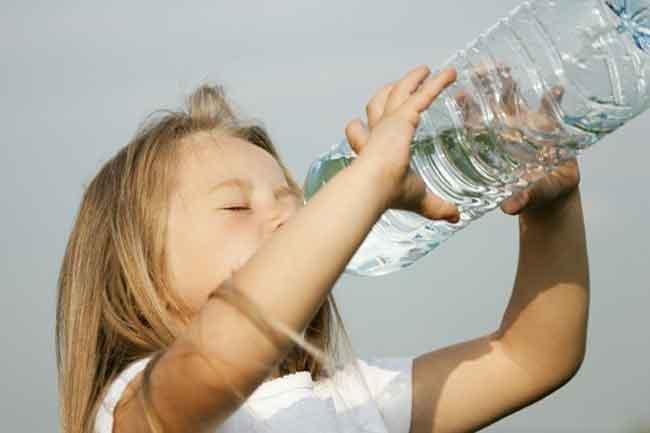 بالصور تفسير حلم شرب الماء وعدم الارتواء 20160817 6014