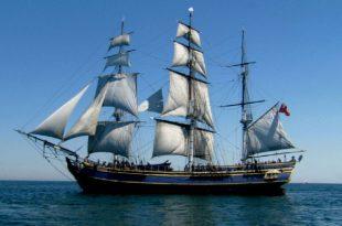 صورة تفسير حلم السفر بالسفينة
