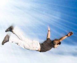 صورة تفسير حلم الطيران