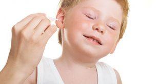 صورة علاج الم الاذن عند الاطفال بالاعشاب