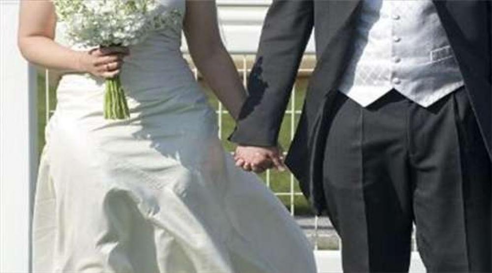 بالصور طبيبة تريد الزواج 20160820 1124