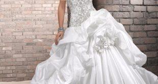 صورة مدل لباس