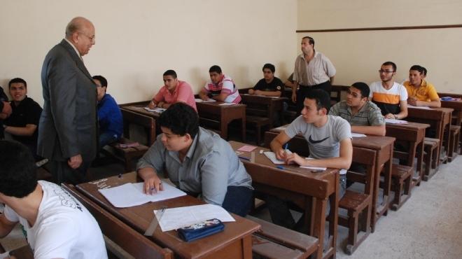 صورة امتحانات الصف الثالث الاعدادي