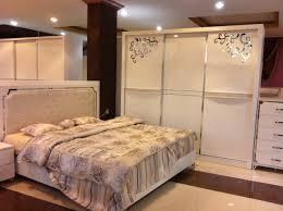 صور غرفة نوم للبيع بجدة