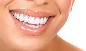 صورة علاج طبيعي لتبييض الاسنان