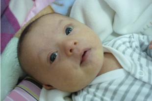 صور الطفل في الشهر الثاني