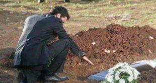صورة رجل يكتشف سر خطير بعد موت زوجته