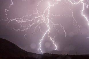 صورة رؤية البرق في المنام