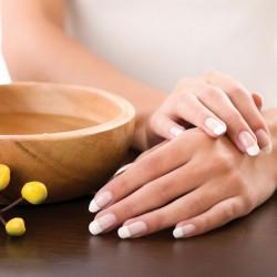 صورة علاج النمش في اليدين