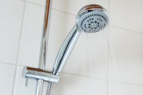 صورة تفسير حلم الاستحمام