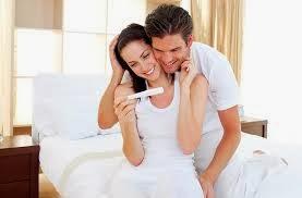صورة علامات الحمل الاولى قبل موعد الدورة باسبوع