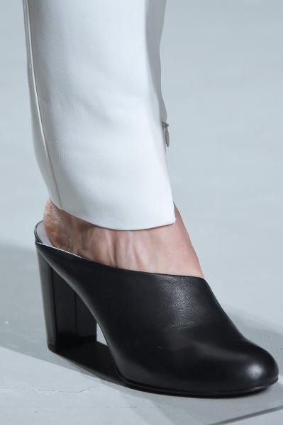 بالصور اجمل احذية 2019 , حذاء رائع للصيف والشتاء قمة الموضة 42898 3